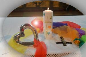 Familiengottesdienst mit KinderKirche, Adventkranzweihe